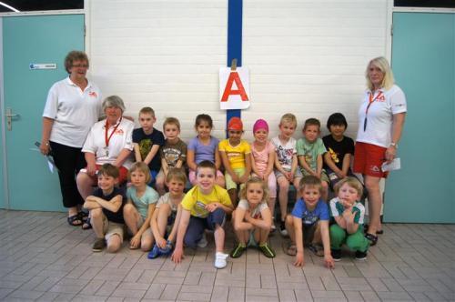 2015-04-11 Diploma- zwemmen De Rijn (1)